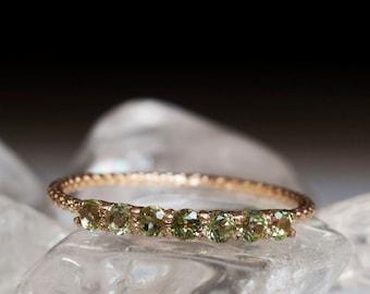 Half eternity ring Gold peridot ring - 7 stone ring - Gold Peridot ring - Peridot ring - Pale green stone