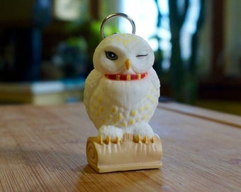 Winking Owl; Plastic Key Chain; Approx. 1 x 2 in. Vintage !!!