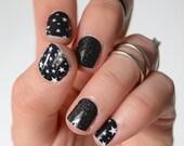 Black Star Pattern Vinyl Nail Wraps