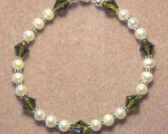 Handmade 925 Sterling Silver Olivine Green Swarovski Elements Crystal Pearl Bracelet w Magnetic Clasp
