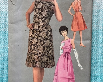1960s Advance 3049 Sewing Pattern Ladies Misses Cocktail Dresses Party Ballgown Evening Bateau Neck Sleeveless Fitted A-line Size 14 Bust 34