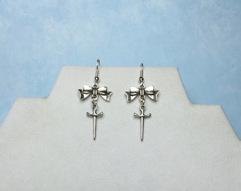 Dagger Earrings~BOW or PLAIN-Bow Dagger earrings-dagger jewelry-dagger charm jewelry-knife earring- goth earrings-punk earrings-dagger-sword