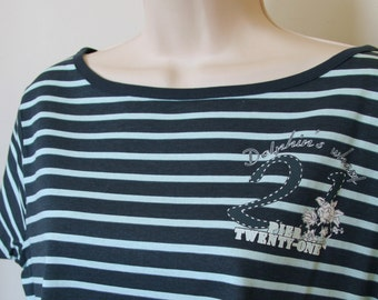 Womens 14 – 16 | French Designed Boat Neck Tee T Shirt | Striped in Navy Blue & Aqua | Short Sleeve with Dolphins Wharf Pier 21 Logo