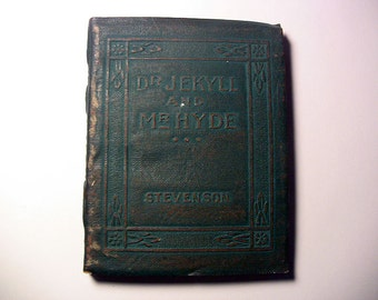 Little Leather Library Book Antique Books Vintage Books Miniature Books Dr. Jekyll and Mr. Hyde by R. L. Stevenson Redcroft Edition 1920-24