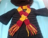 Crochet Harry Potter costume. Harry Potter costume. Harry Potter robe. Sorting hat. Gryffyndor Scarf. newborn phoro prop