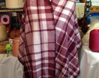 Handwoven Wool Shawl, Fine Wool Shawl, Wool Wrap, Throw, Pink Maroon Wrap, Handwoven Maroon Throw, Mauve Plaid Wrap, Rose Shawl