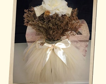 White newborn and baby tutu and headband! Great for photo prop! Ready to ship