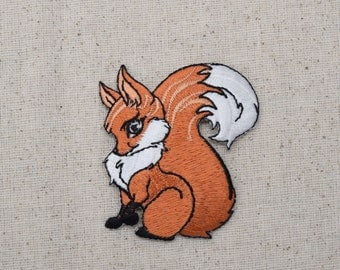 Childrens - Red Fox - Sitting facing left - Iron on Applique  - Embroidered Patch - 796042