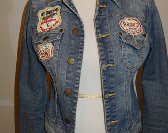 Distressed Denim Jean jacket with patches Small Petite size FREE SHIPPING