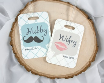 Mr and Mrs Luggage Tags - Hubby and Wifey Tag - Wedding Gift - His and Hers gift - Valentine's - Anniversary Gift - Couple Tag - Set of 2