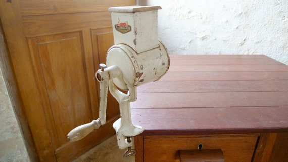 Vintage Crank Cheese Grater : Heavy vintage german hand crank cheese grater zassenhaus