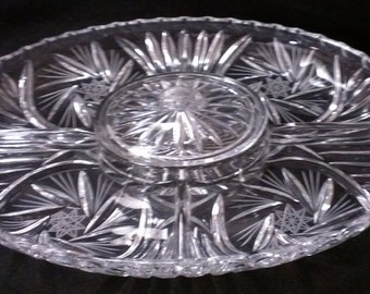 Crystal Clear Vegetable Tray with Lidded Center Well (443)