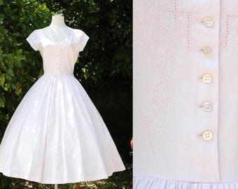 Pale Pink 80s Does 50s Dress with Full Circle Skirt // Bullocks off the Shoulder Dress