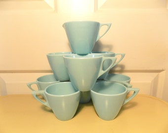 Melmac Cups and Creamer, Light Blue Melmac, 1950s Cups, Marcrest Chicago 54, 1950s Cups and Creamer, 1950s Kitchen, 8 Cups and Creamer