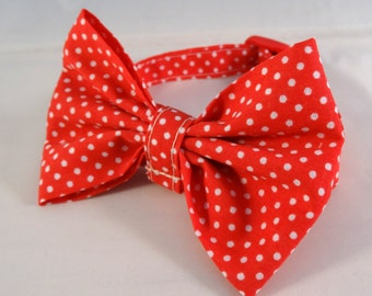 Handmade Cat Collar with or without bow: Red polka dots
