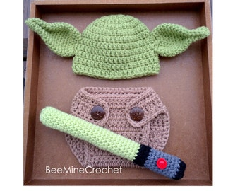 PATTERN Green Mythical Creature Newborn Outfit (Baby 0-3 Months) Hat, Diaper Cover, and Wand