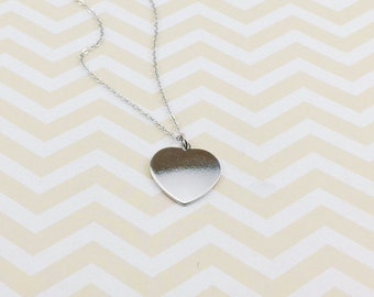 Silver Heart Necklace, Heart Pendant Chain, Silver Minimalist Necklace, Mothers Day Gift, Love Mom Necklace, Silver Necklace,