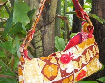 VLV! Petite Hawaiian Barkcloth Tropical Floral  Bamboo Purse Bag