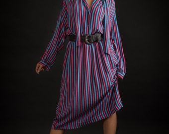 Vintage Bold Striped Tie Neck Blouse/Skirt Set (Size Large)