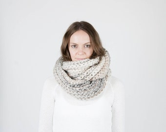 Chunky Infinity Scarf Shawl Hood Textured Cowl Scarf / THE KOBUK / Snow Leopard