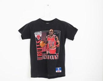 Vintage 90s Chicago Bulls Michael Jordan Illustrated Trading Card T-Shirt M