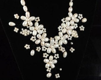 Pearl Necklace Wedding Necklace Pearl Bib Collar Floral Necklace Genuine Freshwater Pearl Wedding Statement Necklace Baby's Breath Necklace