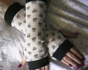 Sweet and Deadly Arm Warmers in Soft Black & White Thermal w/ Tiny Skulls | Punk Lolita Gothic Steampunk Noir Vampire Kawaii Chic Emo Unique