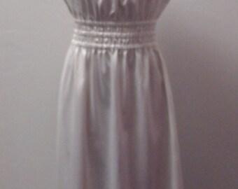 Weekend Sale 34% off 1960s Maxi Dress, Peasant Style, Elastic Waist, Ruffle Hem, Small  #18954