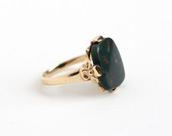 Sale - Vintage 10k Yellow Gold Bloodstone Ring - Art Deco Green & Red Rectangular Gem Size 7 1/4 Fine Statement Jewelry with Flower Accents