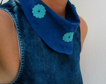 Leather scarf Necklace, Blue Collar Necklace, Floral Hippie Girls, Suede Neckwarmer, Country Style, Cowgirl Outfit