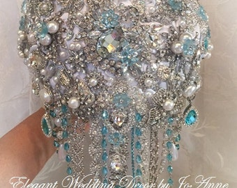CRYSTAL BROOCH BOUQUET Blue and White Crystal Bouquet Custom Teardrop Brooch Bouquet Brooch Bouquet Jeweled Wedding Bouquet, Deposit Only