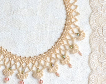 Queen's Anne Lace Necklace, Dark Pearl White Delicate Beaded Necklace, Lace Collar Necklace