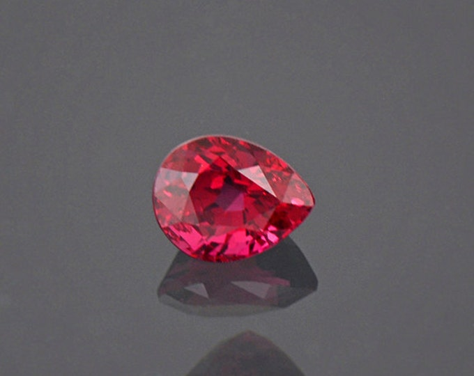 Gorgeous Ruby Red Spinel Gemstone from Burma 0.60 cts