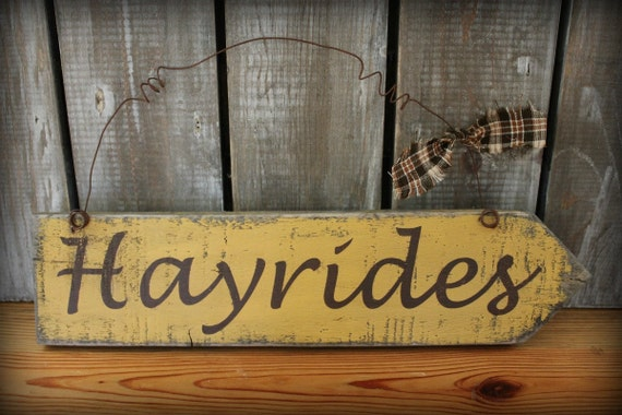 Primitive Fall Hayrides Sign, Fall Decor, Painted Distressed Wood Sign, Halloween Decor