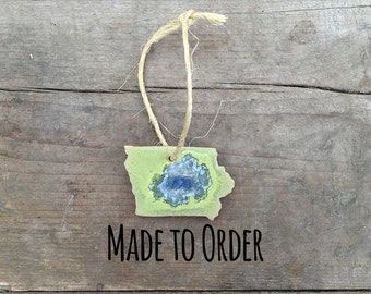 IOWA GEODE CRACKLE Ornament: Custom Ornament, Personalized Ornament, State Christmas Ornament, Geode Ornament, Iowa Ornament