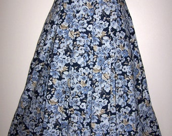 Laura Ashley vintage, new with tag, full pleated floral skirt, side full fastening, size 12 UK