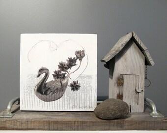 Original artwork, mixed media on canevas, Swan, 8 x 8 inches