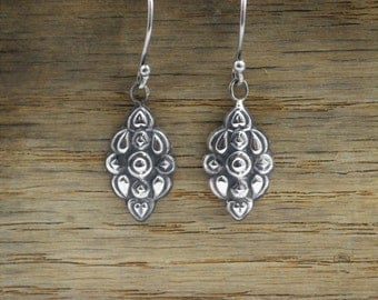 Statement Earrings, Bohemian Earrings, boho earrings, Tribal Earrings, Silver Earrings, Dangle Earrings,  Light Earrings, Drop Earrings