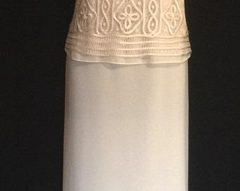 Beautiful 90s Ivory Ribbon Crochet Lace and Chiffon Gown            VG167