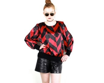French Vintage 80's Black & Red geometric Sweatshirt or Blouse Satin Polyester Oversized Original Kitsch 1980s long sleeved top Size M L XL