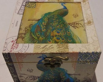 Decoupage box,wooben box,decoration,shabby chic box.