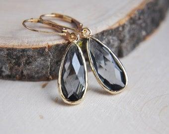 Gray Earrings, 14k Gold Filled Earrings, Glass Earrings, Gray Teardrop Earrings, Everyday Earrings, Simply Earrings, Smokey Gray Earrings,