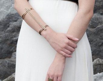 Terra geometric bracelet