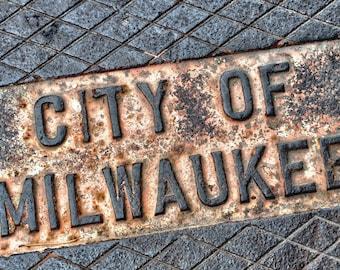 Milwaukee Manhole Cover