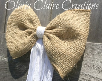 Barn Wedding Burlap Pew Bow for Ceremony or Church Decor. Country Chic, Rustic or BoHo Style. Loose Weave Burlap with Ribbon & Lace Tails.