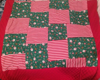 Christmas Throw Quilt
