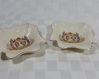 Pair of J & G Meakin Pottery Plate - Commemorate the Visit of Queen Elizabeth and King George VI to Canada and the US May 1939