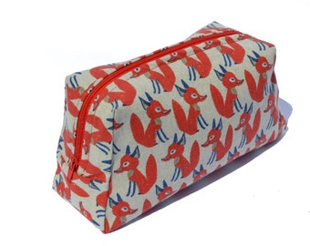 Make up Pouch, Cosmetic Bag, Travel Accesory, Pencil Pouch, Pencil Case, Pencil Holder