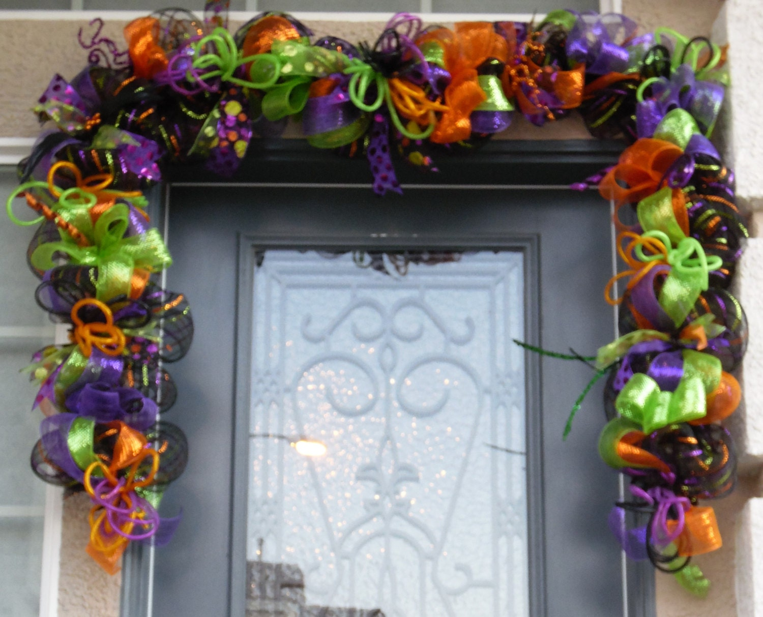 Halloween garland swag halloween door swag by swaymevegas for Halloween crafts for adults decorations