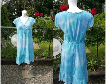 KK-Altered couture-Remade dress-Hand dyed-Size XL-Ocean aqua blue-Tie dye-Ruffle-Lining-Upcycled fashion-Teen-Summer fashion-Causal-Boho-hip